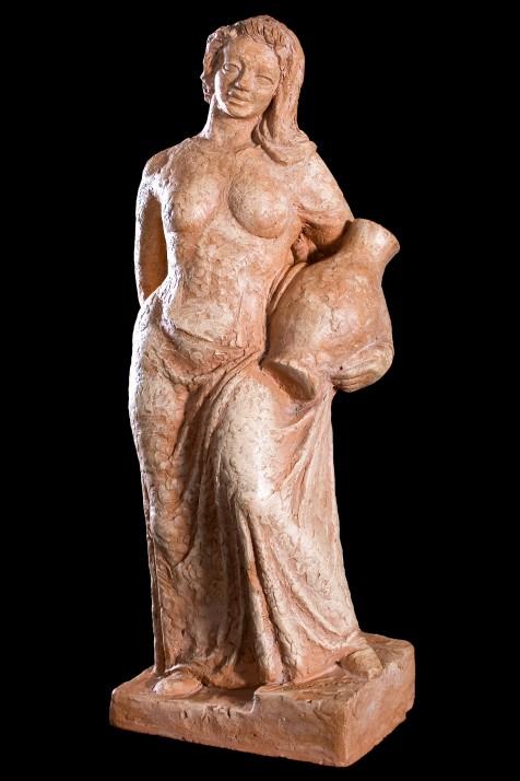 Femme Avec Vase